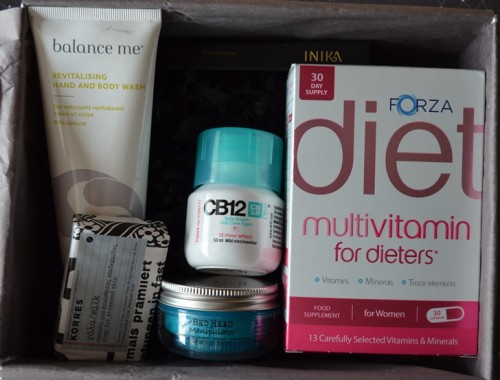 LOOKFANTASTIC-BEAUTY-BOX-ABRIL-2015-UNBOXING-CONTENIDO