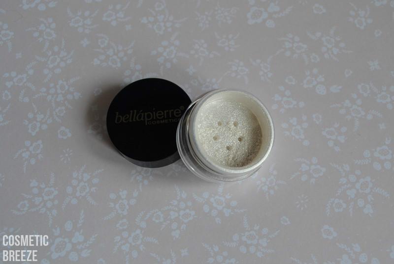 LOOKFANTASTIC BEAUTYBOX AGOSTO 2015 -pigmentos en polvo iluminadores de BellaPIERRE-polvos