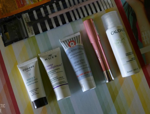 LOOKFANTASTIC BEAUTY BOX DE MARZO 2016 LFEXPLORER Unboxing 2