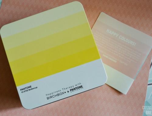 BIRCHBOX DE ABRIL 2016 CON PANTONE - Birchbox & Pantone - cajita metálica amarilla