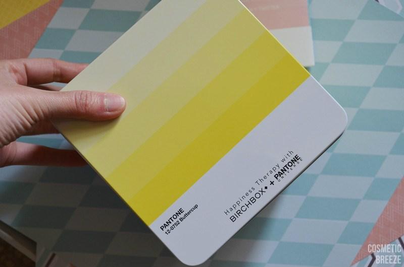 BIRCHBOX DE ABRIL 2016 CON PANTONE - tamaño de la cajita metálica amarilla