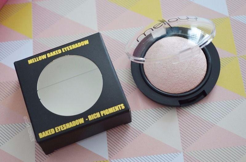 Lookfantastic Beauty Box de Mayo 2017 - Mellow Cosmetics Baked Eyeshadow