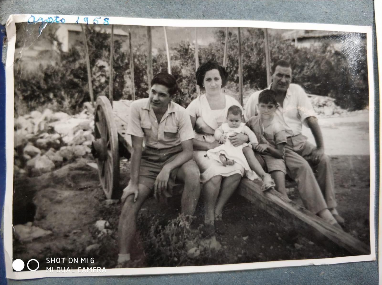 Familia de mi Ama Gómez Acedo - Fernandez - Años 60