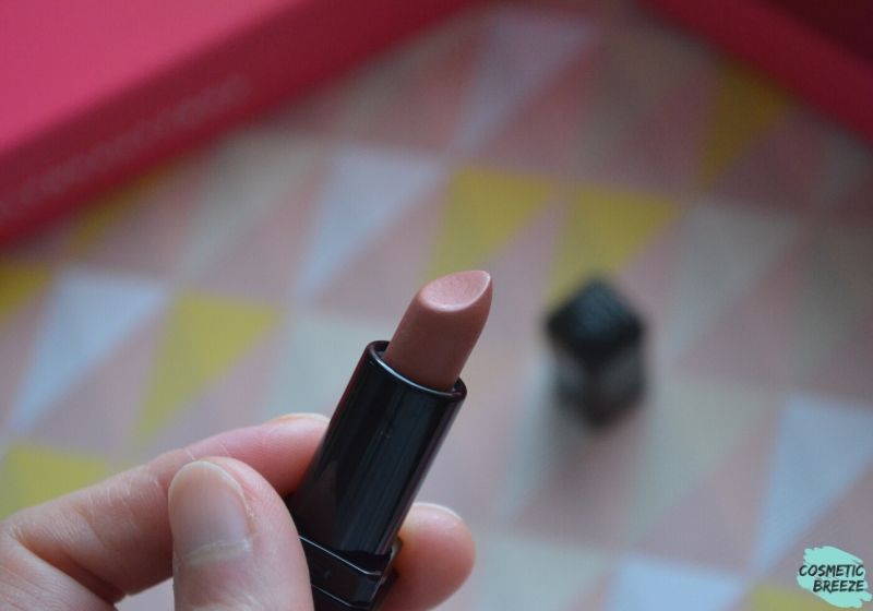 Lookfantastic Beauty Box de Febrero 2020 - ILLAMASQUA Mini Antimatter Lipstick Color